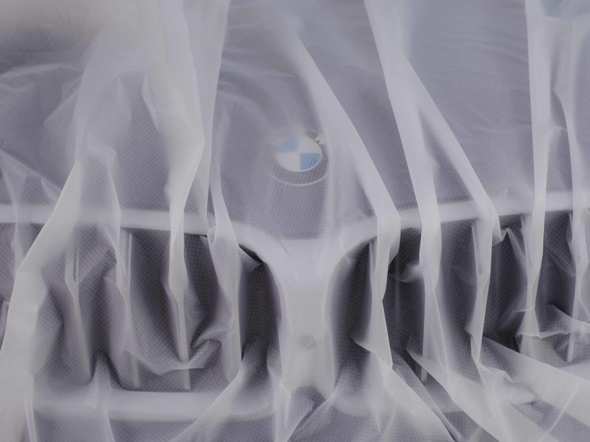 BMW - © Paul Rousteau